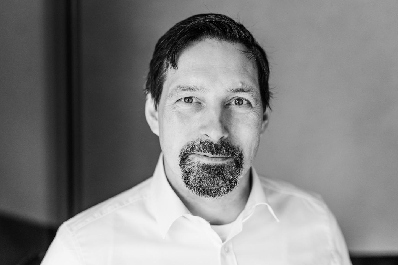 Ihr Ansprechpartner im Bereich Lohnfertigung ist Sven Wassermann (Geschäftsführer).